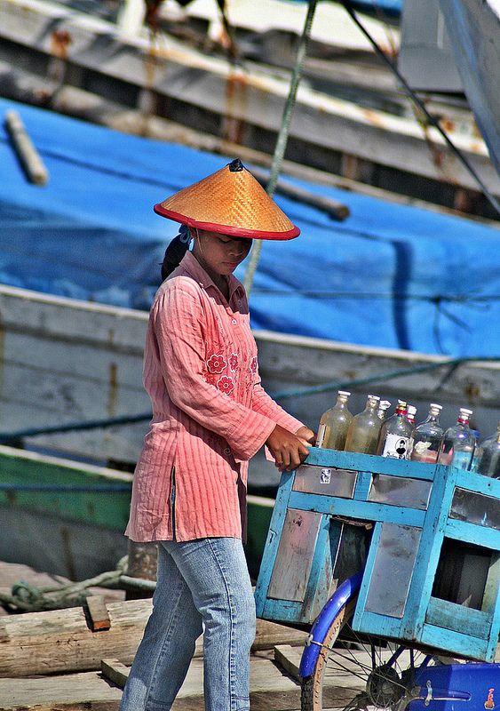 beverage vendor, Makassar, Sulawesi, Indonesia