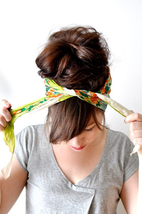 how to tie a head scarf.