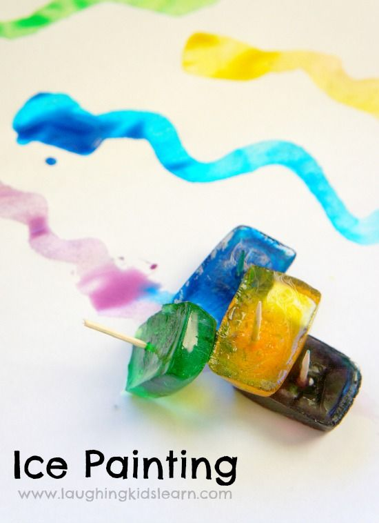 Ice painting activity for kids of all ages. Painting with ice is an easy activity to set up too.