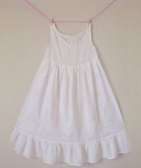 Pijamas y camisones para niñas realizados en el mejor algodón http://www.minimoda.es