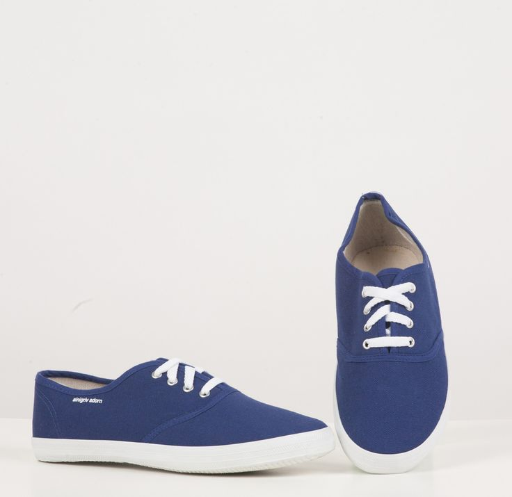 our canvas shoe is made of cotton and linen with a durable
