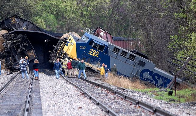 CSX Train Wreck | By Bob Wojcieszak, Charleston (W.Va.) Daily Mail, via AP