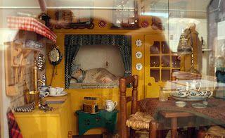 "All about dollhouses and miniatures: Miniatuur visserswoning ""Anno 1875"" in het ""Het oude raadhuis museum"" in Urk"