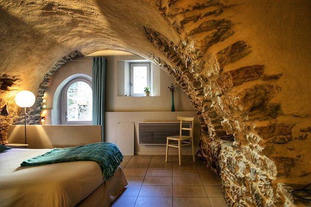 Chambre Atypique A La Maison Du Guil L Armoise Guillestre Gites De Charme Maison