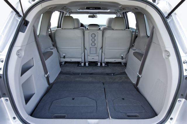 2012 Honda Odyssey: Cargo