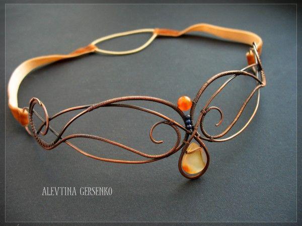 wire bracelet--alevtina gersenko
