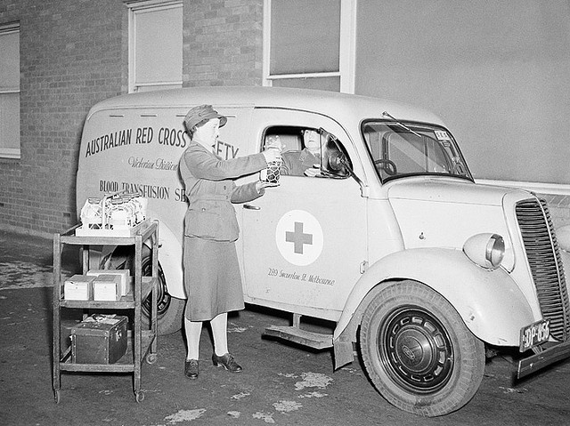 Members of the Australian Red Cross transporting blood, 1945 (via the National Archives of Australia).