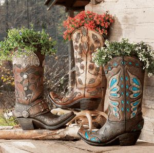 cowboy boot vase wedding decorations 25 best ideas about cowboy boot centerpieces on 3149
