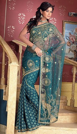 I feel that I've posted so many blue Indian suits! I actually like reds, greens, other colors too...