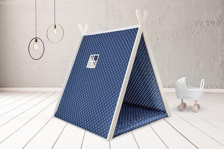 ⚓️ Kinder-Spielzelt mit dunkelblauem Anker-Stoff von KraftKids ⚓️ Preis: 140,90 € inkl. Versand, gefunden auf Amazon Gibt es hier: http://amzn.to/2fMiUbH  #fuerKinder #Kinderzimmer #spielen #Tipi #Holz #Seemaenner