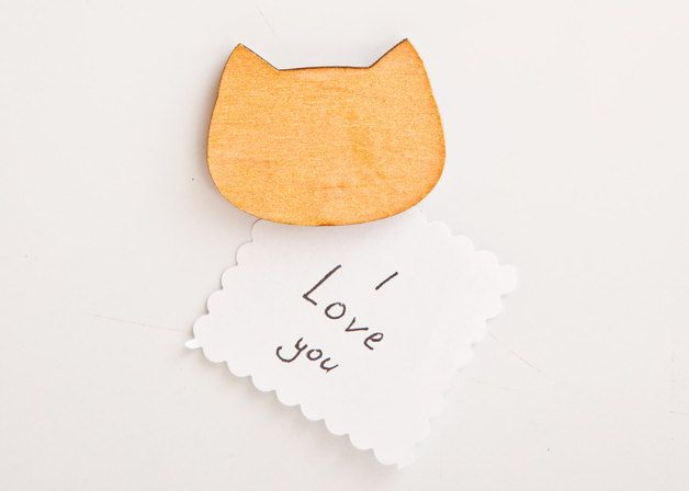 Cats on DaWanda Сute fridge magnets, kitchen magnet. Wood Cat Magnets. Gold   Three small cute faces that will treasure and keep your notes on the refrigerator! Perfect gift for everyone: for children, friends,...