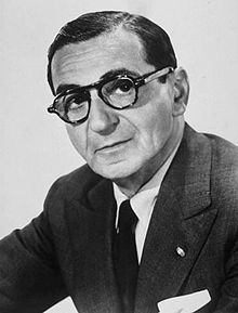 Irving Berlin 1888 –1989 Irving Berlin has had a greater influence upon American music than any other one man. He was Russian born and came to America with his family when he was a young boy. During his career he wrote an estimated 1,500 songs and was a legend by the time he turned 30. He went on to write the scores for 19 Broadway shows and 18 Hollywood films.