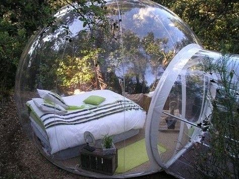 cool bed room but wouldn't that be creepy if someone watched you sleep
