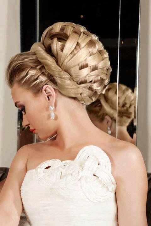 Awesome bridal up-do !