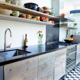 10 beste keuken idee n rood op pinterest grote ramen bekleding countrykeukens en rode - Keuken rode en grijze muur ...