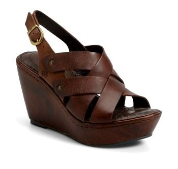 Wedges are back and more travel friendly than ever!