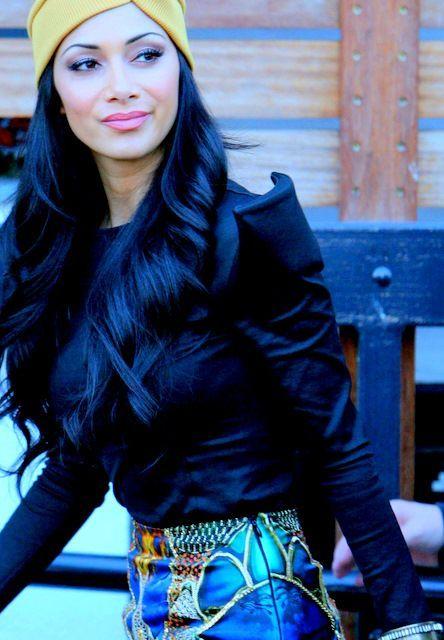Zwart met blauw haar is helemaal HOT in Amerika! Wauw, wat een gave kleur, misschien wat voor jou? - Kapsels voor haar