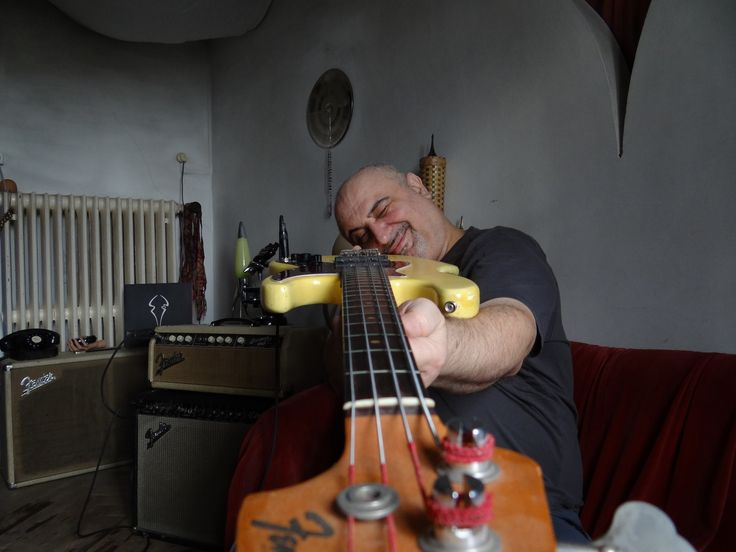 "Muammer ""Mumi"" Dogan….. deep roots ! Strato Zoo bass player since Strato Zoo's first steps.  Early Strato Zoo recording sessions in Switzerland, Allerheiligen 67, 1987 - 1999,  Strato Zoo Cinema 1993 - today with Jonas Cslovjecsek (drum) & ®es Kaufmann (chicago strat 1965) Wir Kinder vom Strato Zoo, Abraham ""Abe"" Laboriel, Roger Waters, John Lennon, Albert Hofmann, Aston ""Family Man"" Barrett,  Randy Burghdoff, John Parrish, Rare Earth, Nelson Mandela, Cesaria Evora"