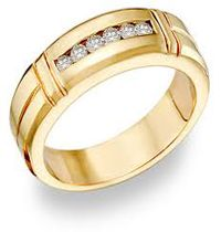 """ Cincin Emas 09 "" spesifikasi  : #bahan ( emas kuning ) #berat ( 5 gram ) #berlian ( 0,03 6 butir ) #harga (Rp. 3.800.000,- )"