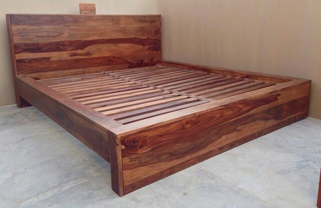 Indian rosewood bed for interiors
