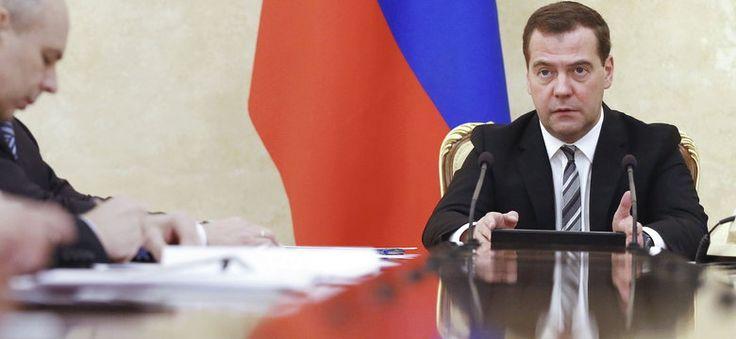 Miedwiediew: UE ponosi odpowiedzialność zbiorową za sankcje #Ukraina #kryzys
