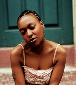 Meshell Ndegeocello is the person on earth i would go far out of my way to meet and chat with.