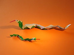 eine Schlange basteln, Schlange Origami, Snake Origami Pattern, Origami Paper, Folding, Animal Origami Pattern, template, how to , step by step, Tutorial, kawaii, adorable, easy cute papercrafts for kids