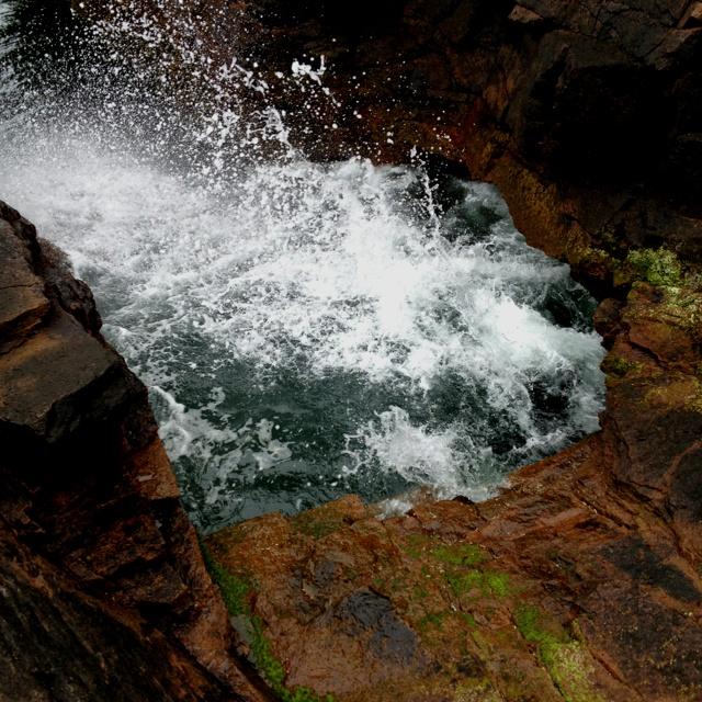 Thunder hole acadia national park favorite places for Thunder hole acadia