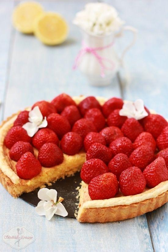 Tarta cytrynowa z truskawkami / Lemon tart with strawberries