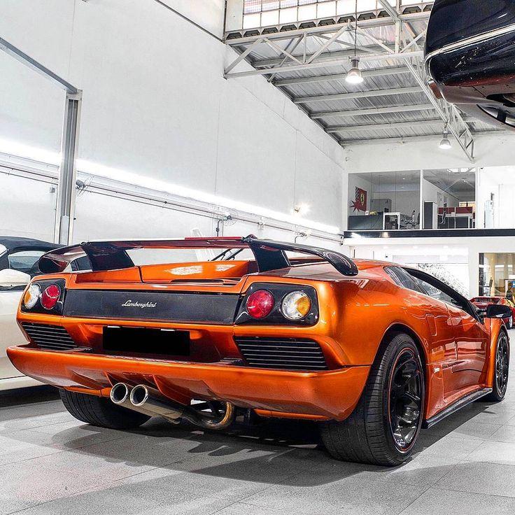 Lovely Lamborghini Diablo