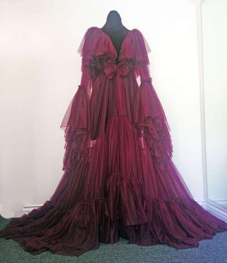 nuisette robe de nuit sur pinterest lingerie violette soie et robes