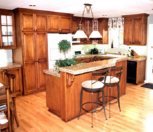 Dark Oak Kitchen Cabinets   click on photos to enlarge