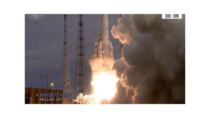 Ιστορική στιγμή: Η εκτόξευση του ελληνικού δορυφόρου Hellas Sat 3 - ΒΙΝΤΕΟ