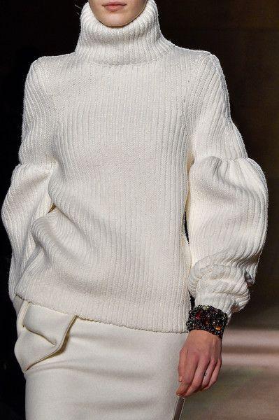 Victoria Beckham at New York Fall 2015 (Details)