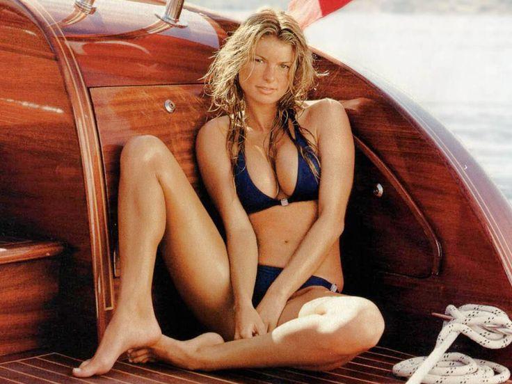 Marisa Miller | Feet | Marisa miller hot, Marisa Miller ...