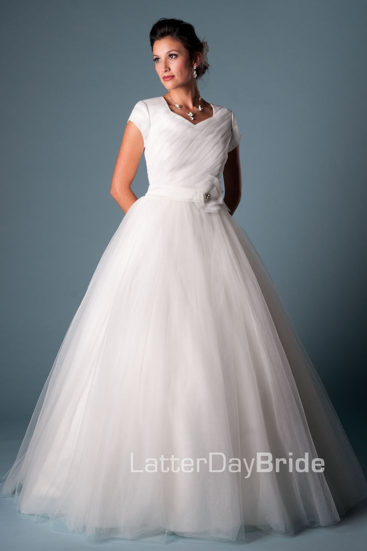 Modest wedding dress francille latterdaybride prom for Mormon temple wedding dresses