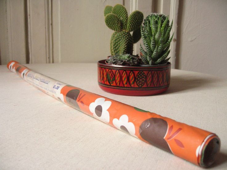 Rouleau de feuille plastique orange / Vintage 70's / Fleur, Pomme / Papier plastifié / Protège cahier / Protection tiroirs / Déco pop de la boutique LMsoVintage sur Etsy