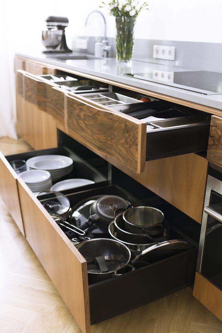 """New Mono Design - Kuchnia """"Gropius"""", połączenie stylu Art Deco z funkcjonalnością nowoczesnej zabudowy kuchennej"""