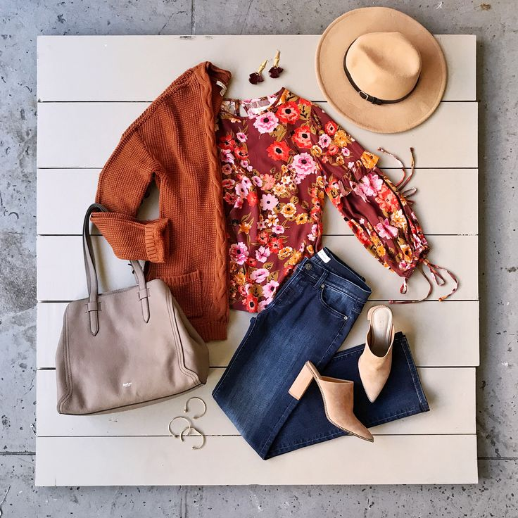 Planning your next adventure? Embrace your boho style by reaching for saturated, earthy hues & let the 2018 wanderlust begin. Just don't forget to ask your Stylist for bohemian styles.