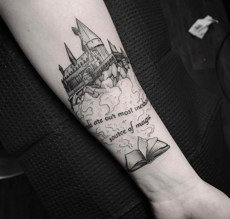 Das neueste Harry Potter-Tattoo von Carter bei iHeartTattoo in Columbus, OH, die japanische Tattoo-Hülse #Sleevetattoos