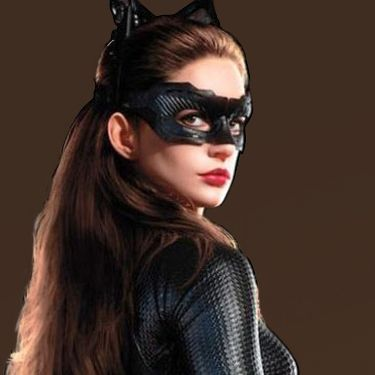 Anne Hathaway Catwoman   Dark Knight Rises Promo shots 6 - Anne Hathaway Catwoman Suit