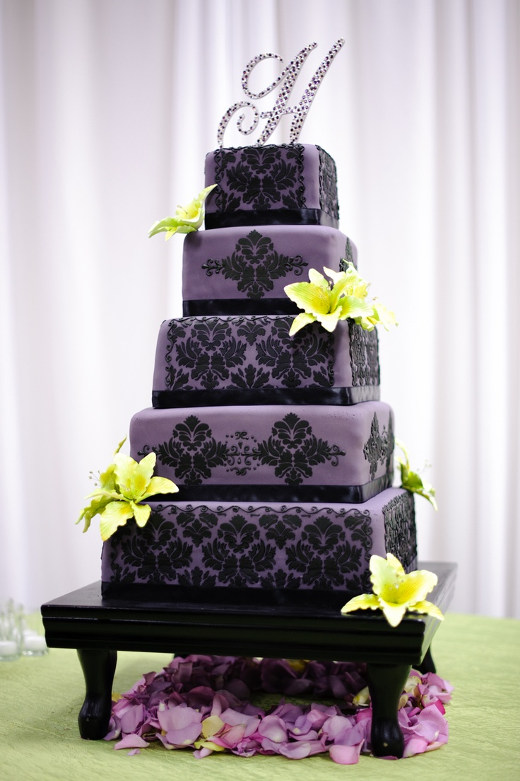 Purple Damask Wedding Cake Design