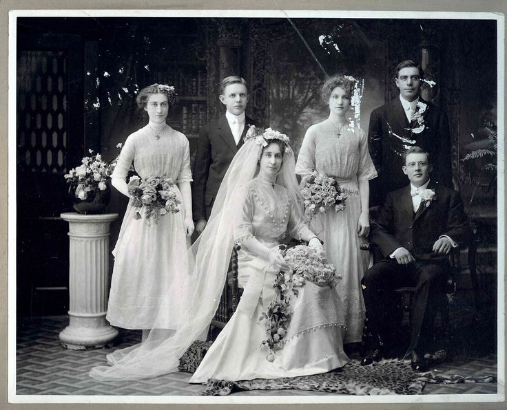 Newlyweds Kitty and Tony with their wedding party, 1910