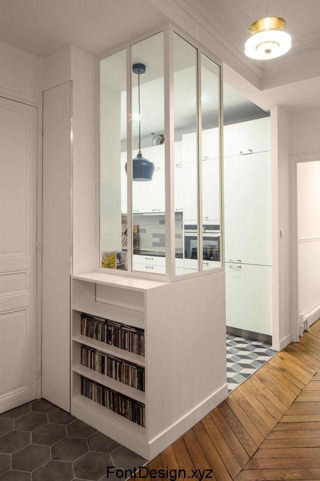 Cuisine moderne: fokus sur une küche semi ouverte avec verrière ...