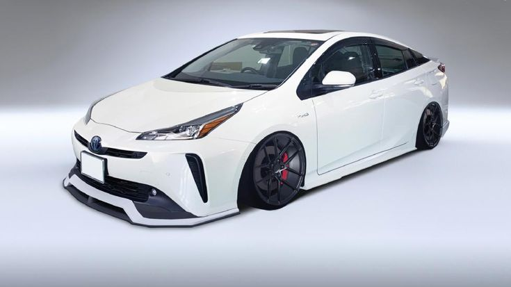 Liberty Walk is fed up with Ferrari and Lamborghini, tackles Toyota Prius