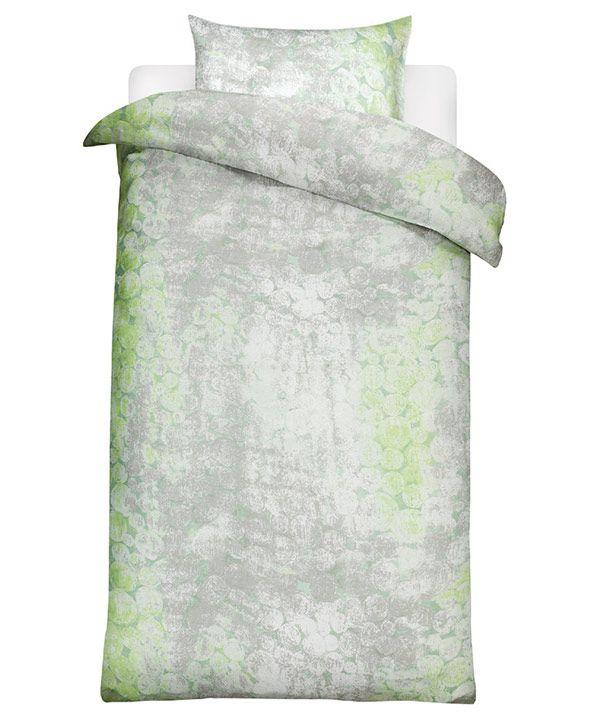The Tunturipöllö duvet cover and pillow case are linen, design by Sawako Ura, Marimekko.