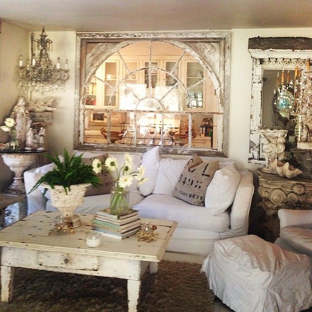 Lisa Mesa's home (pinned from Instagram)