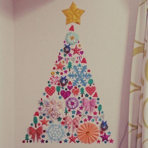 chijiさんの、壁 デコ,壁 マスキングテープ,壁 ウォールデザイン,折り紙の星,折り紙,折り紙 インテリア,マスキングテープ クリスマスツリー,セリア,壁/天井,のお部屋写真