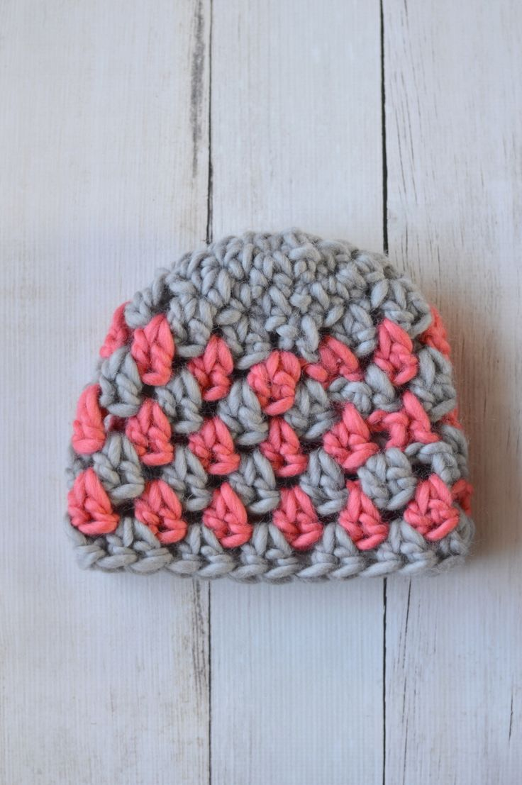 This super chunky granny stitch - fun to make and work up so fast. Free crochet patterns.