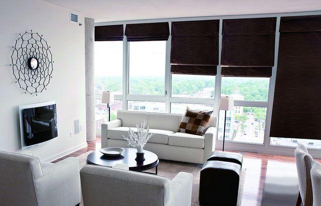 De Panache vouwgordijn collectie van Veneta geeft een warme en romantische uitstraling aan uw interieur. Op maat gemaakte raamdecoratie.